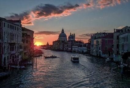 Venice_italy-unsplash-1-1